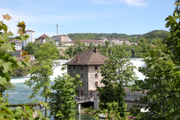 Rheinfall001b
